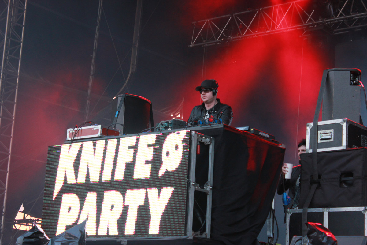 Urban Art Forms 2013: Knife Party