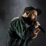 Mit seiner theatralischen Show, zwischen Filmmusikdramen und Lichterregen, lässt sich noch mal abschalten und das Festival ausklingen. (© MD/festivalrocker.com)