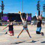 Die ersten Fans auf der Centerstage sind schon richtig motiviert (Photo: MD/festivalrocker.com)